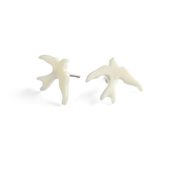 Korvakorut, Pienet kyyhkyset valkoiset