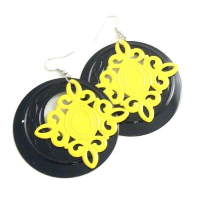 Örhängen, Medaljong gul och svart