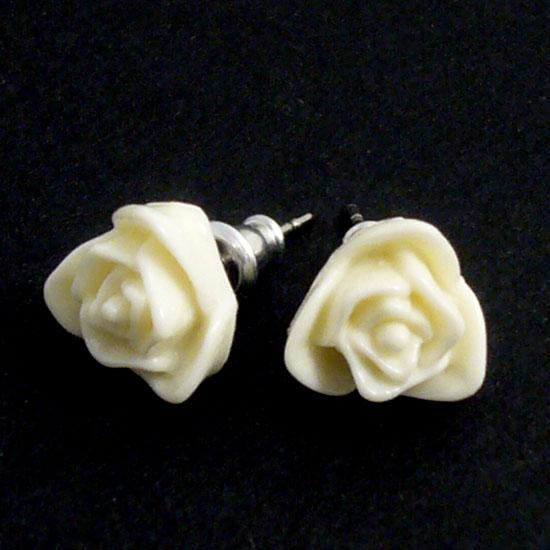 Korvakorut, Ruusut valkoiset