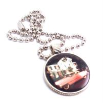 Kaulakoru, Elvis' Pink Cadillac