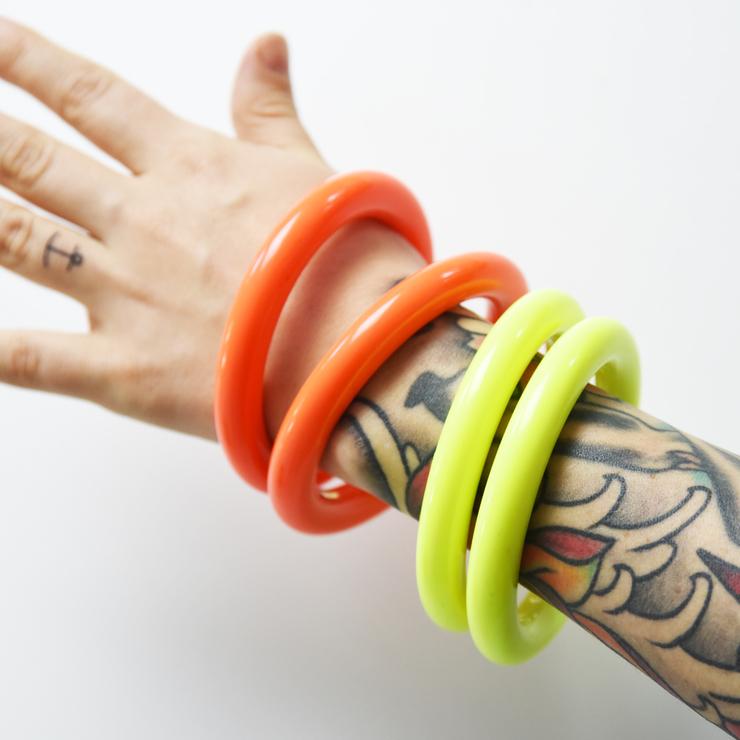 Armband 90-talet, neon orange